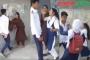 বান্ধবীদের সহায়তায় উত্ত্যক্তকারীকে পেটাল কলেজ ছাত্রী